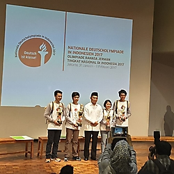 Gewinner mit Kulturminister 3